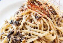 Spaghetti aux anchois et chapelure